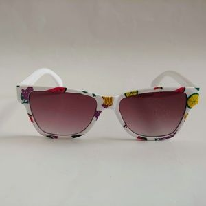 Vintage 90's Kids Nylon Frame Sporty Sunglasses